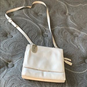 White leather shoulder strap purse